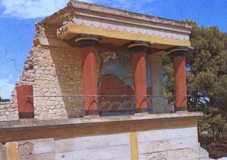 Phế tích được tìm thấy trên đảo Crete có thể là cung điện Minos.