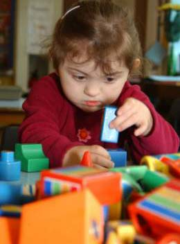 Trẻ cần được chơi nhiều chứ không chỉ là ăn uống hợp lý