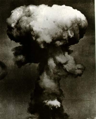 Hình ảnh vụ nổ bom nguyên tử ở Hirosima