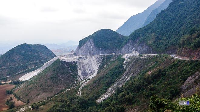 Thung lũng Mai Châu nên thơ vào vụ cấy